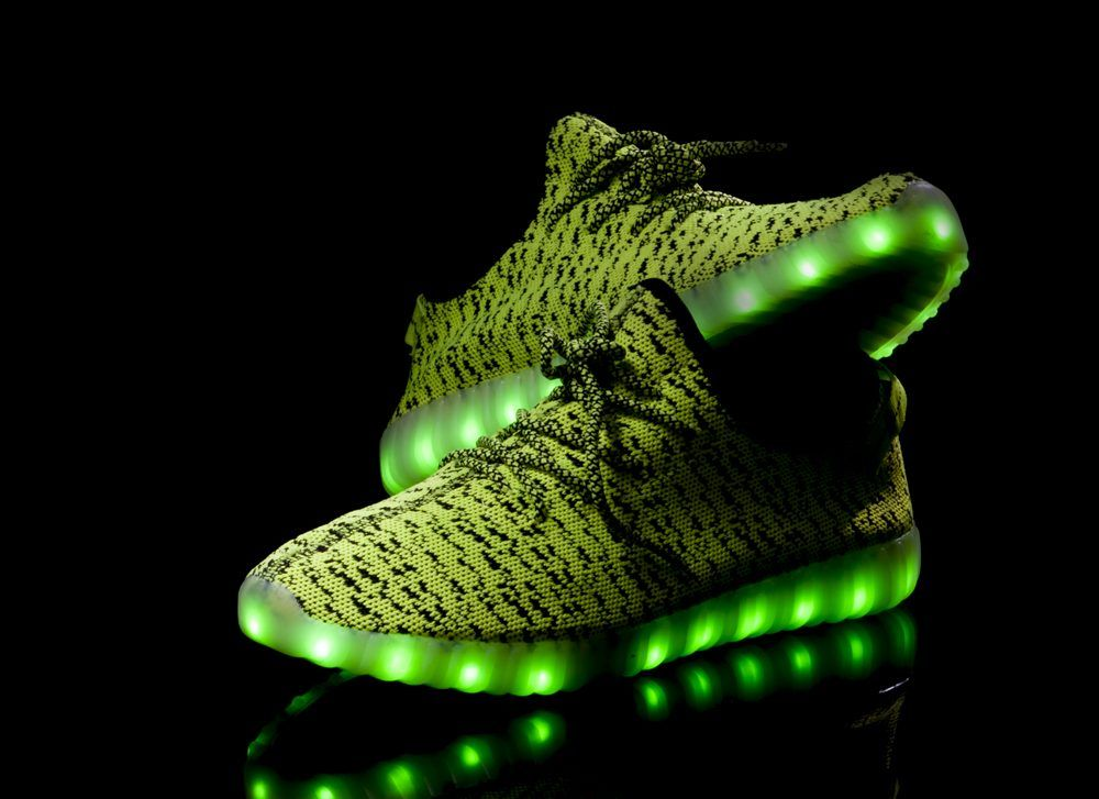Light Up Shoes 360 Product Photography