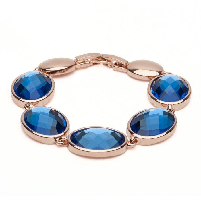 gold gem necklance toronto product photography